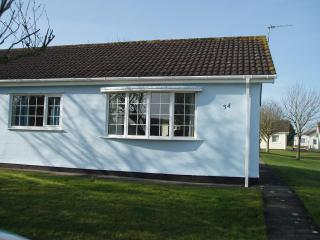 2 bedroom bungalow in Gower, Wales, United Kingdom
