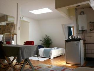 elf studio: comfortable apartment in Jordaan Area