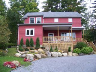 Lake George 4-Bedroom Waterfront Home, Bolton Landing