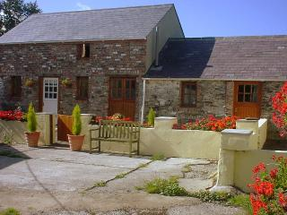 Ballavarteen - 2 Bedroom Detached Holiday Cottage, Ramsey