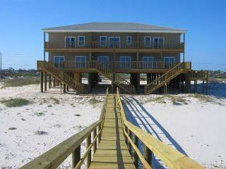 Beach House Triplex on the Gulf (4 bedrooms per unit)