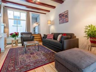 Carré Apartment A-I, Amsterdam