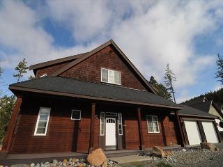 Wonderful Family Cabin!! 3BD,Slps 9|Hot Tub, WiFi | Roslyn Ridge Pool, Ronald