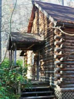 Log cabin with lots of privacy