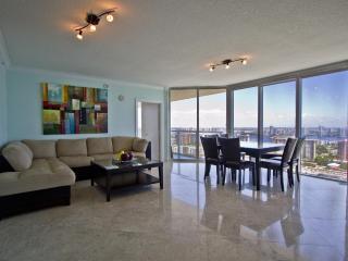 Sunny Isles - OceanFront Luxury Condo, Sunny Isles Beach