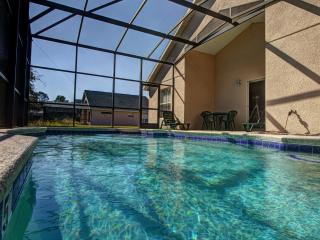 Emerald I- Enticing Retreat with a Pool, Kissimmee