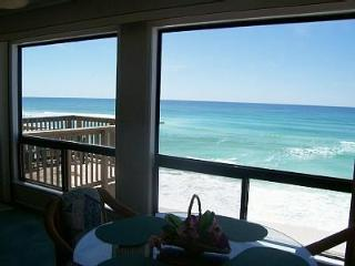 GULF FRONT 4BR, 4B**SPRING FAMILY SPECIAL** HUGE 3000 sq' *PRIVATE BEACH! 5*s, Destin