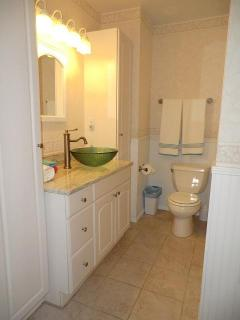 Master Bathroom - private