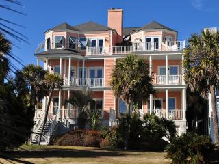 Wild Dunes Ocean Front 4 bd, 4.5 ba Townhome!!, Isle of Palms
