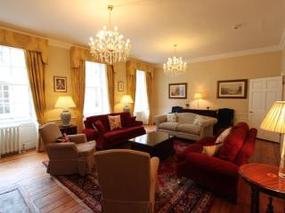 Edinburgh Maison - Luxury 5 bed/5 bath Townhouse