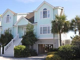 Oceanfront Home with Pool, Spa, Porches and Private Boardwalk to the Beach!, Isle of Palms