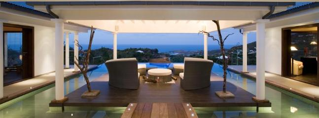 Spacious 4 Bedroom Villa on the Hillside of Vitet, St. Barthelemy