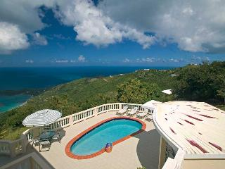 Emerald Crest - Ideal for Couples and Families, Beautiful Pool and Beach, Tortola