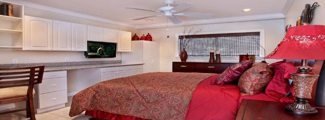Rear Guest Suite