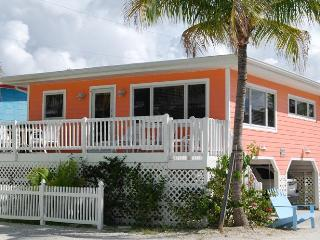 Cottages of Paradise Point - Seahorse Cottage, Fort Myers Beach