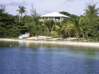 More Features and Savings on Deluxe Seaside Home!, Isla de Gran Ábaco