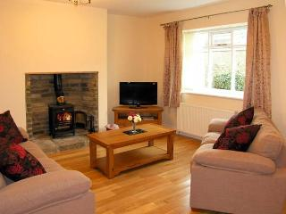 HOUGHTON NORTH FARM COTTAGE, family friendly, country holiday cottage in Heddon-