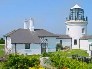OLD HIGHER LIGHTHOUSE STOPES COTTAGE, family friendly, character holiday cottage, with pool in Portland Bill, Ref 12494, Dorset