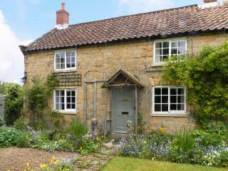CORNER COTTAGE, pet friendly, character holiday cottage, with a garden in Cropton, Ref 12165, Pickering