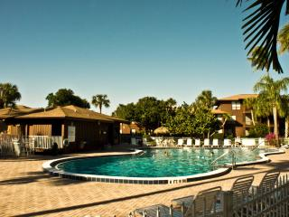2/2 Renovated Lovely Condo Best Beach on Island!, Sanibel Island