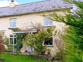 MAJESTIC, pet friendly, character holiday cottage, with a garden in