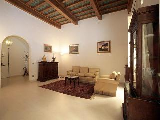 Romantic 6 Bedroom Apartment in the Center of Flor, Florencia