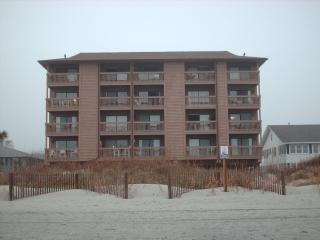 Ocean Inn Beachfront Condo, North Myrtle Beach