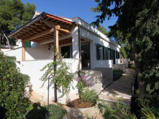 Villa Ida With Garden With Wonderful View Of Milna