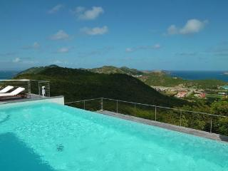 Contemporary villa overlooking the wonderful bay of St Jean WV KYR, Lurin
