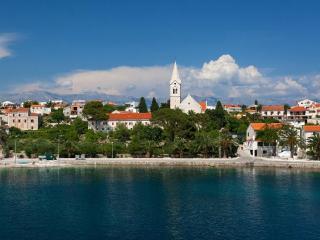 Family Villa Vjeka with private pool and sea views