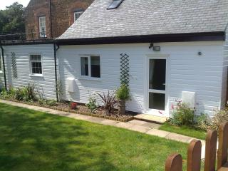 Orange House Self Catering Flat for 4 people
