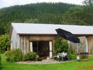 Te Maru Cottage - close to Hot Water Beach/Hahei, Whitianga