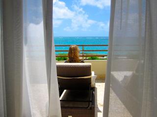 BLUE BIJOUX, Ocean Beachfront 2 Bedroom Apartment, Punta Cana