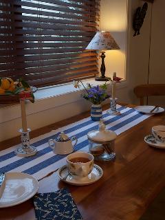 Garden Cottage - afternoon tea!