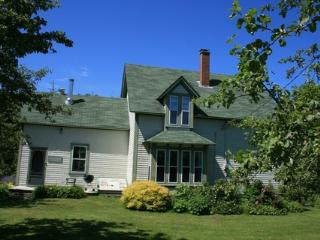 Swim House, Charming Heritage Home, Nova Scotia, Lockeport