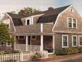 4 Bedroom 3 Bathroom Vacation Rental in Nantucket that sleeps 8 -(10128)