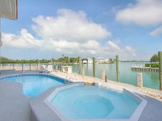 Key Colony Executive Rental - Views, Pool, Dock, Key Colony Beach