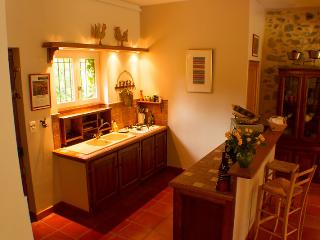 'Georges' has a fully equipped kitchen, overlooking the dining room and garden