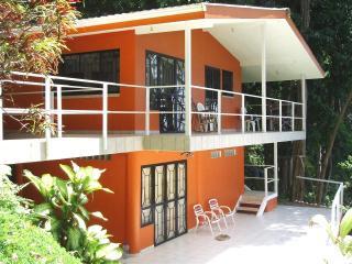 Casa Mira Mar, Dominical