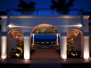 Mes Amis at Terres Basses, Saint Maarten - Oceanfront, Pool, Luxury Home