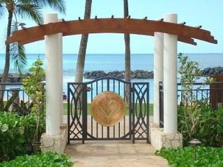 KoOlina Luxury Beach Villa w/ Ocean View on Beach, Kapolei