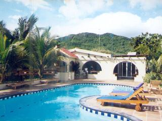 Quality 'Creole Style' Villa - min. 2 weeks rental, Bois des Amourettes