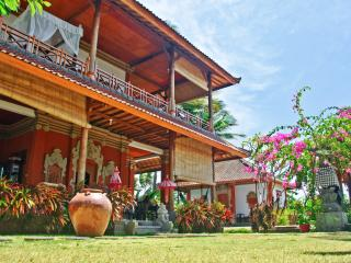 4 bedroom Seaside Villa Sinar Cinta Amed Bali