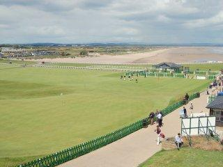 Luxury Apartment, St Andrews A GOLFER'S HEAVEN!!!!, St. Andrews