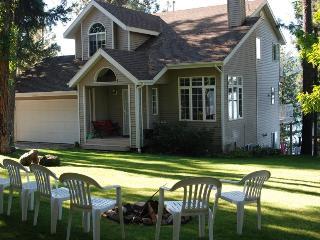 3 Bdrm House on Lake Coeur d'Alene w/private beach