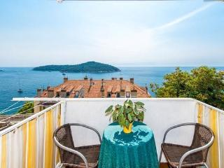 2-bedroom condo/splendid sea and Old Town view, Dubrovnik