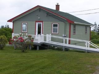 Moose Harbour View Cottage