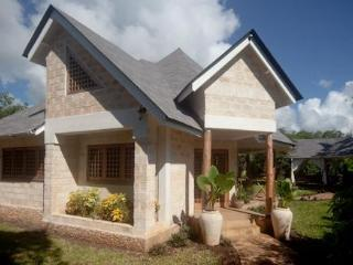 Kitu Kidogo Cottages - Chic cottages in Diani, Diani Beach