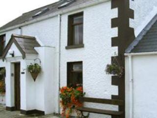 McEvoy Cottage, Ballymascanlon, Dundalk. 4* cottage in rural setting.