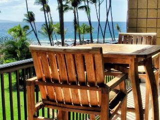 SUMMER SPECIALS! Ocean Front Air-Conditioned 1-Bedroom Condo at Mana Kai, Kihei
